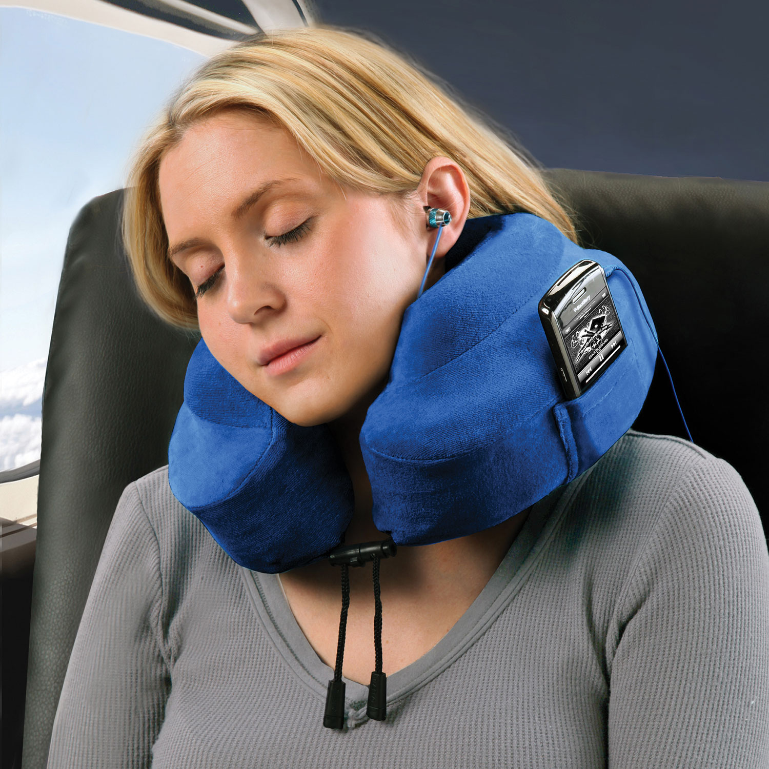 cabeau evolution travel pillow ep0319 blue travel pillows best buy canada