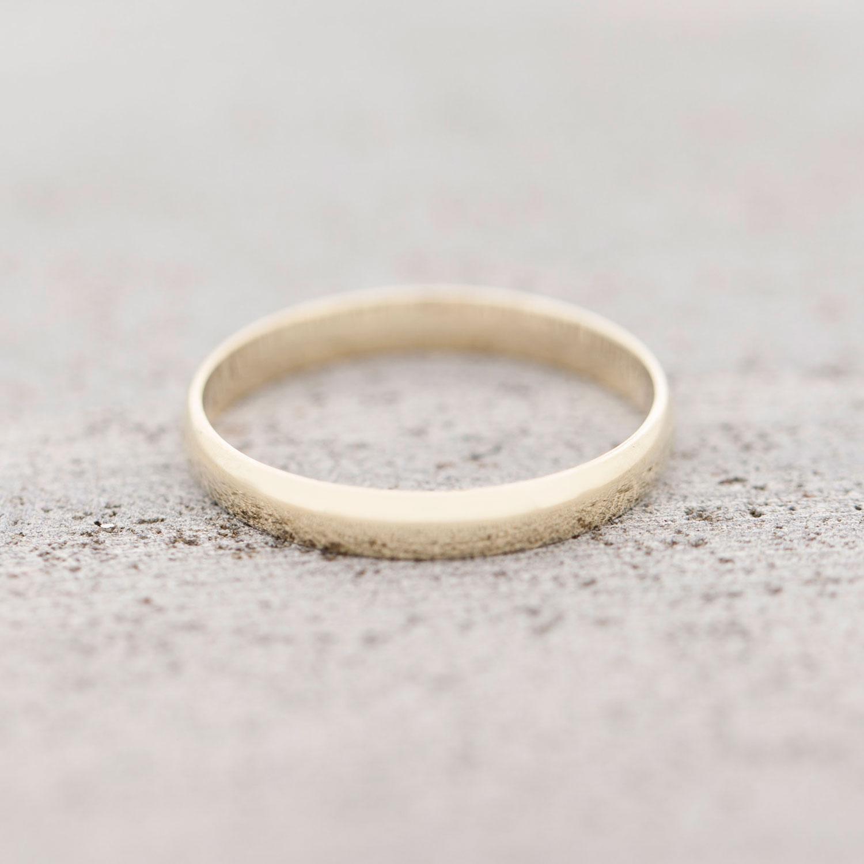10K Gold Men s Wedding Band Rings Best Buy Canada