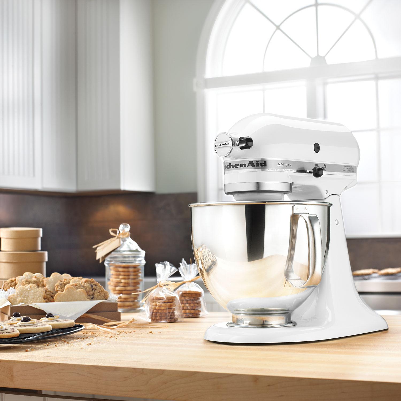 KitchenAid Artisan Stand Mixer 5Qt 325 Watt White Stand