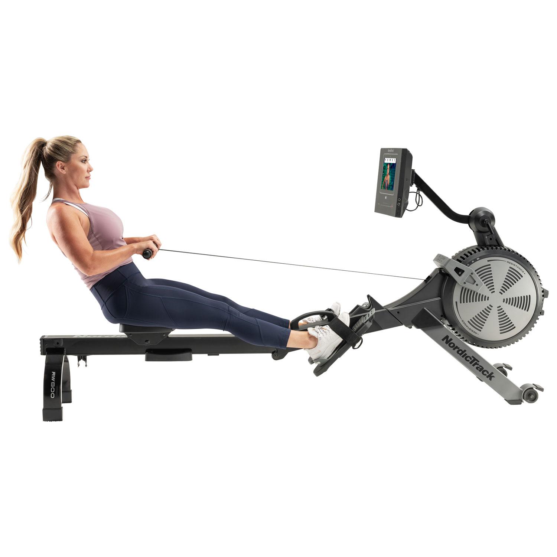 Smart rowing machine