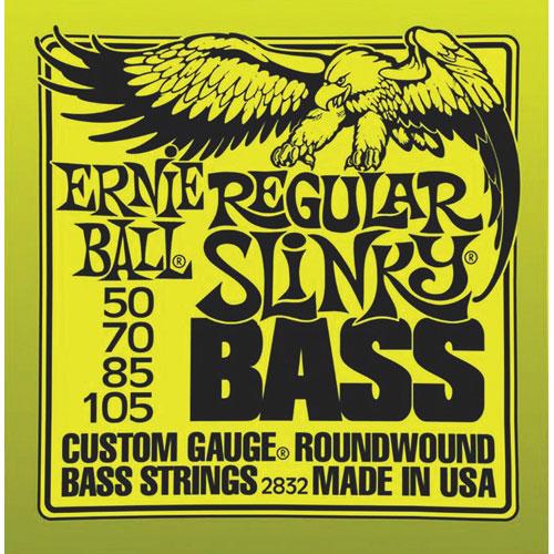 Cordes Regular Slinky d'Ernie Ball (55-105 nickel vert) - Guitare basse