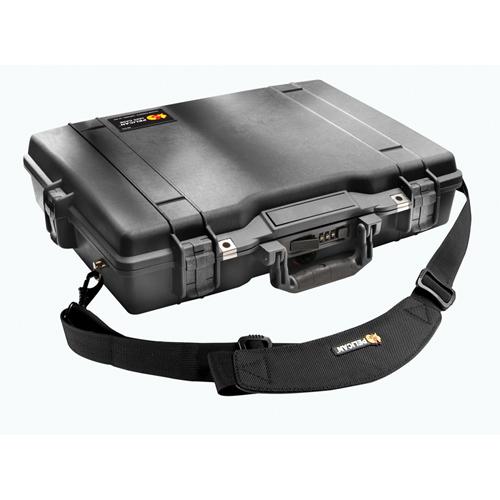 """Pelican 17"""" Laptop Case with Foam - Black"""