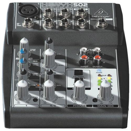 Console de mixage studio/scène à 5 canaux Xenyx de Behringer