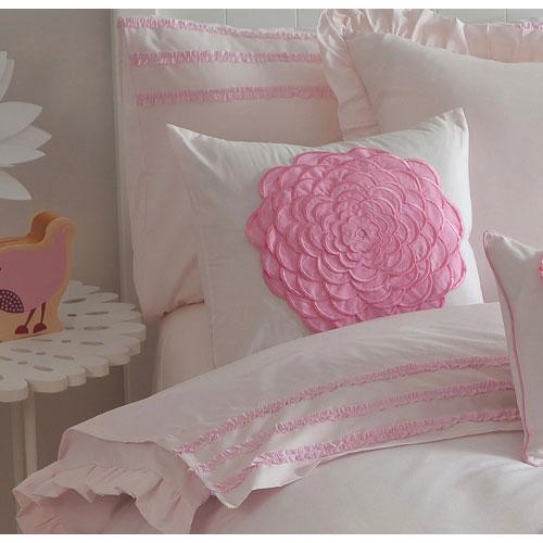 Coussin carré Floret Pink avec fleurs et tige en 3 dimensions de Maholi