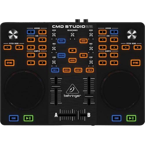 Contrôleur MIDI portatif pour DJ à 4 canaux CMD STUDIO 2A de Behringer