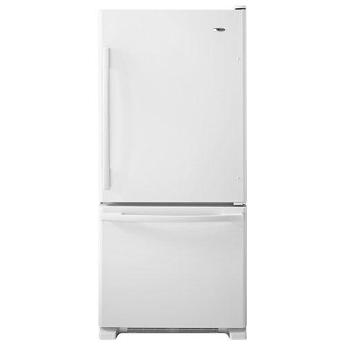 Réfrigérateur à congélateur inférieur 18,7 pi3 30 po d'Amana - Acier inoxydable