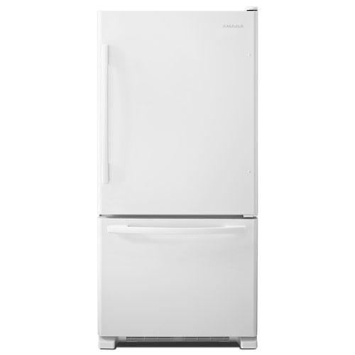 Réfrigérateur à congélateur inférieur 22 pi3 33 po d'Amana - Blanc