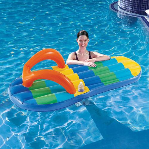 Flotteur de piscine gonflable en forme de sandale de Blue Wave - Multicolore