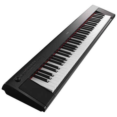 Clavier électrique portatif à 76 touches de Yamaha (NP-32) - Noir