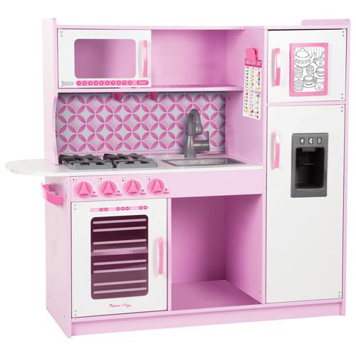 Melissa doug chef 39 s wooden modern play kitchen cupcake for Kids kitchen set canada
