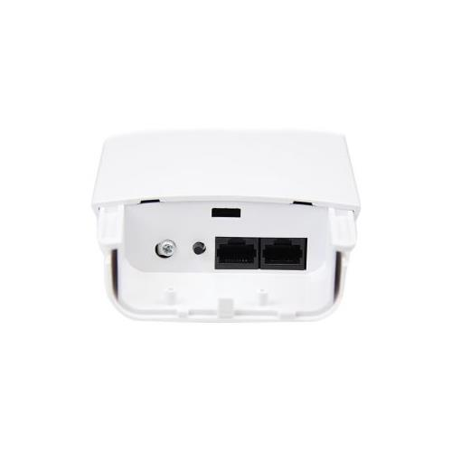 StarTech Outdoor 300 Mbps 2T2R Wireless-N Access Point - 5GHz 802.11a/n PoE-Powered WiFi AP
