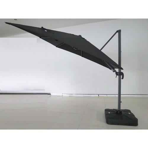 Deluxe exterior garden umbrella. Made of high quality materials.