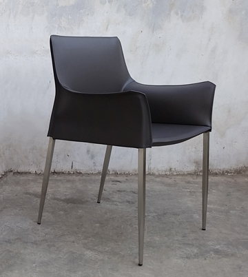 Sleek and Stylish Leather Black Armchair
