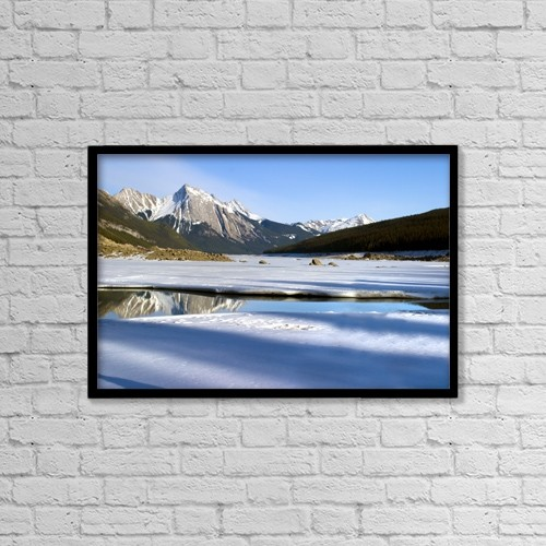 """Printscapes Wall Art: 18"""" x 12"""" Canvas Print With Black Frame - Scenic by Richard Wear"""