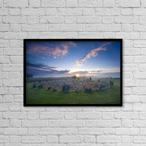 """Printscapes Wall Art: 18"""" x 12"""" Canvas Print With Black Frame - Historic & Vintage by Gareth McCormack"""