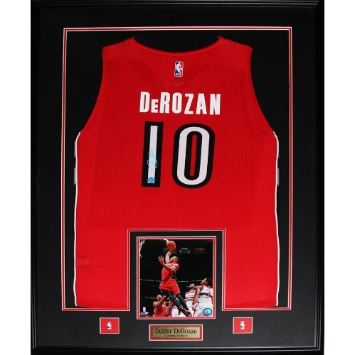 DeMar DeRozan Toronto Raptors signed jersey frame   More Sports - Best Buy  Canada 4da9a07e7144