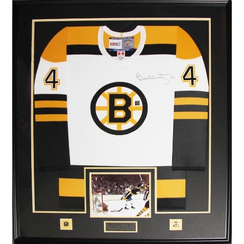 Bobby Orr Boston Bruins signed white jersey frame : NHL Memorabilia ...
