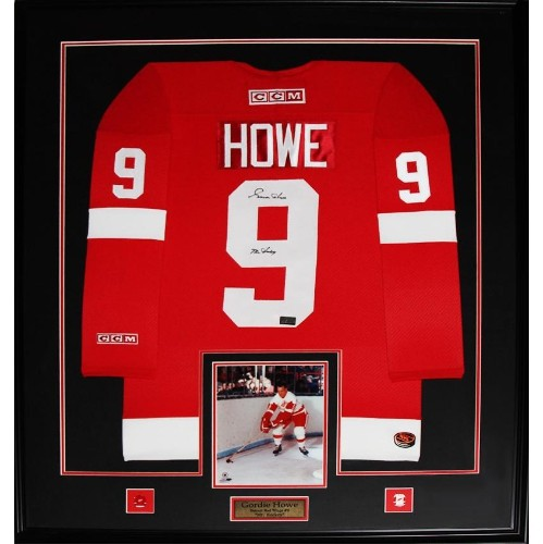 b55224780e8 Gordie Howe Detroit Red Wings Signed red jersey frame - Online Only