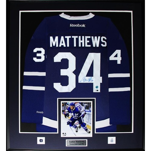 separation shoes 51db1 cad33 Auston Matthews Toronto Maple Leafs signed jersey frame