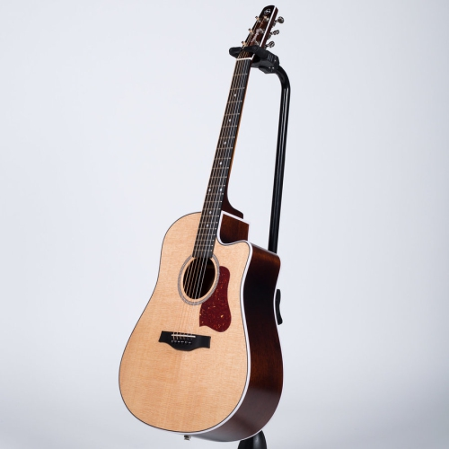 Seagull Maritime Solid Wood Series Acoustic-Electric Guitar