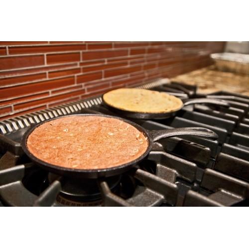 """Poëlon fonte pour """"Skookie"""" avec mélange Camp Chef"""