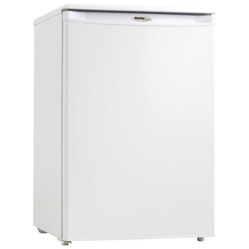 Danby 4 3 Cu Ft Upright Freezer Dufm043a2wdd 3 Best Buy Canada