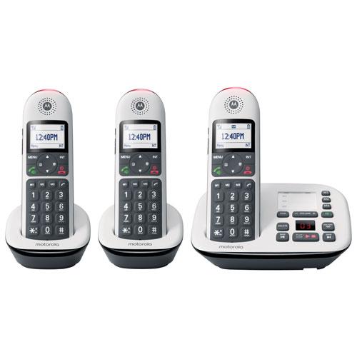 Motorola 3-Handset DECT 6.0 Cordless Phone with Answering Machine - White