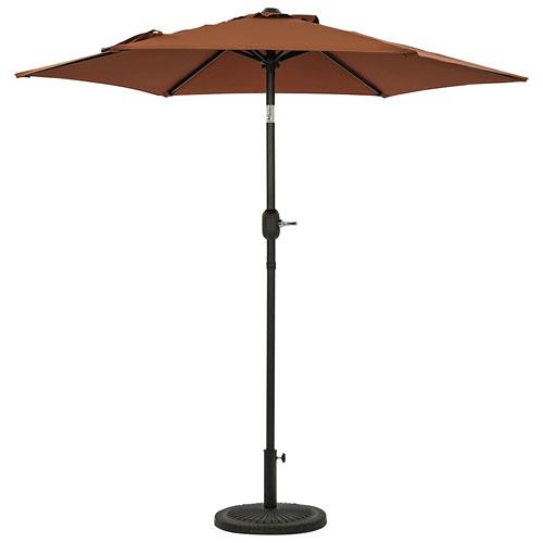 Parasol de patio hexagonal autoportant de 7,5 pi Bistro d'Island Umbrella - Café